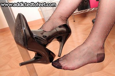 Addicted To Feet clips
